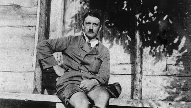 Se publica entre críticas judías el 'Mein Kampf' de Hitler tras 70 años de prohibición
