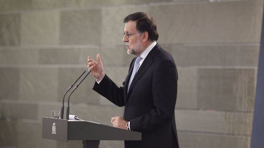 Rajoy ni esperó a la investidura de Puigdemont para advertirle que no le pasará ni una