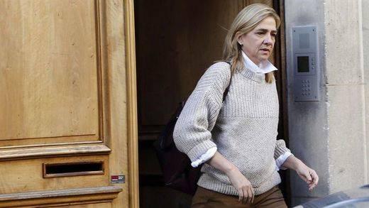 Hoy llega ese día histórico: la infanta Cristina se sienta en el banquillo, pero intentará evitarlo hasta el último segundo