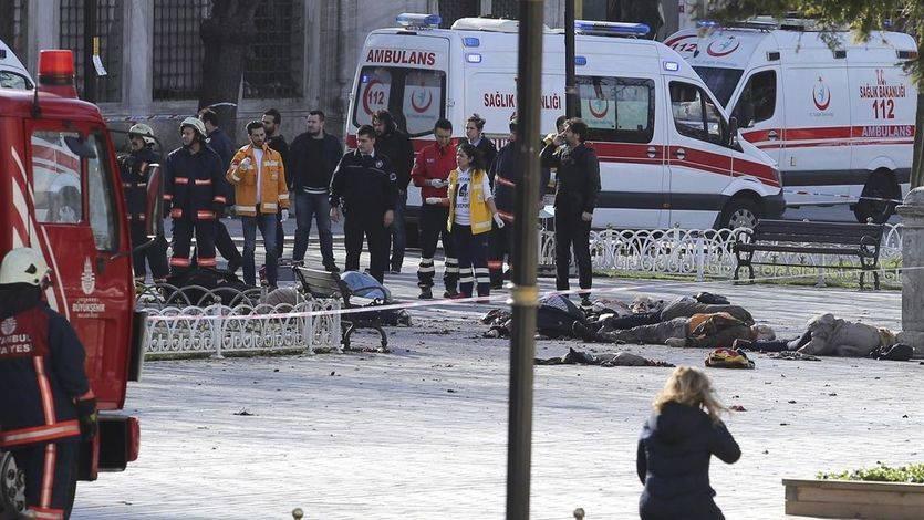 Apuntan a Estado Islámico como responsable del mortal atentado de Estambul