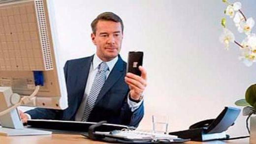 Las empresas podrán espiar los sistemas de mensajería como Messenger o Whatsapp de sus empleados amparadas por Estrasburgo