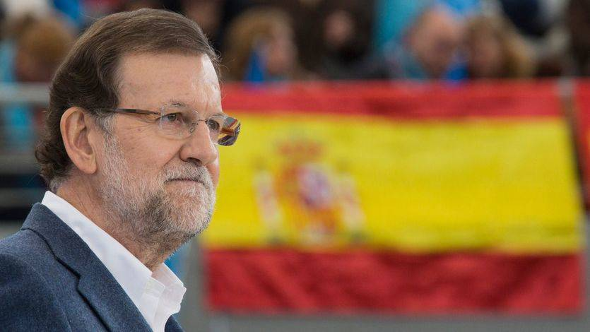 Rajoy alerta con la economía: la incertidumbre política ya se nota en la caída de las inversiones