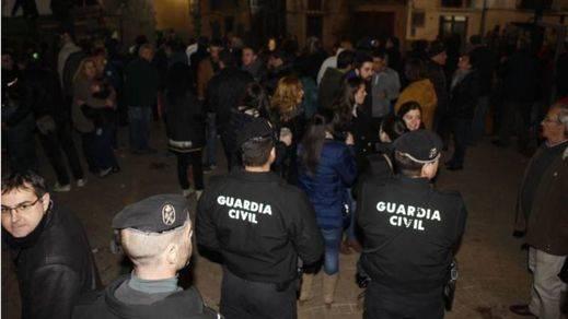 Un grupo de antitaurinos recibe la mayor multa de la historia por manifestarse contra un festejo en Olocau