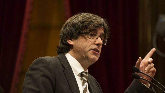 Puigdemont promete lograr la independencia: llevar� a los catalanes
