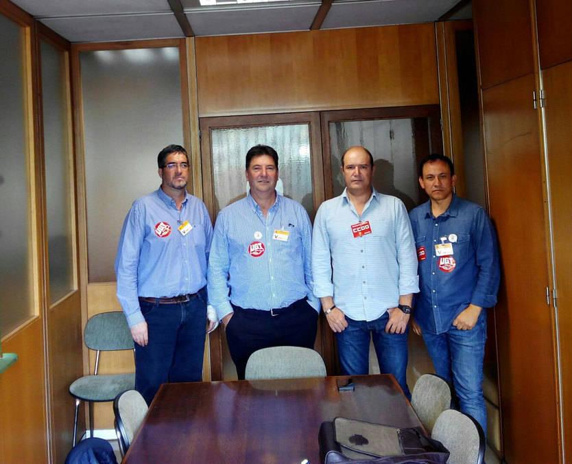 Los cuatro sindicalistas encerrados en el Ministerio