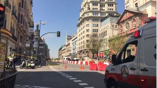 Caos en pleno centro de Madrid tras un grave escape de gas