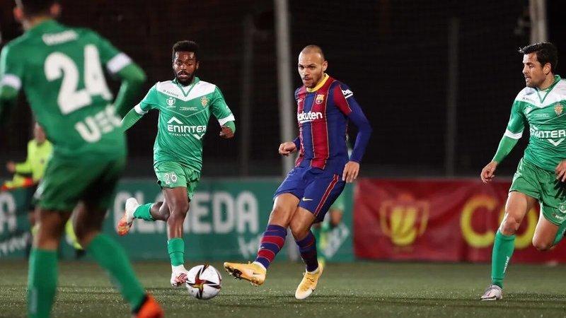 El Barça evita otro 'cornellazo' y supera ronda de Copa en la prórroga (0-2)