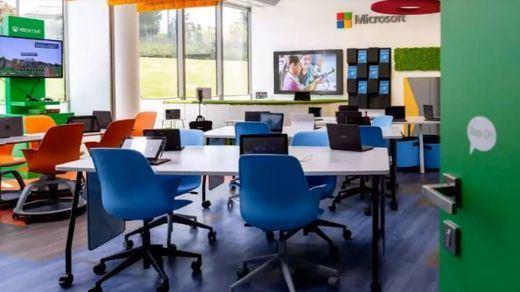 Desafíos y oportunidades de la educación digital: las aulas del futuro