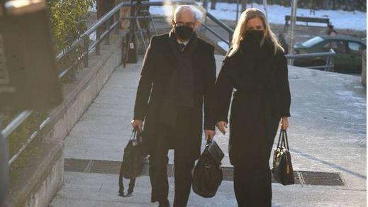 El testimonio de una profesora acorrala a Cifuentes en el juicio del 'caso máster'