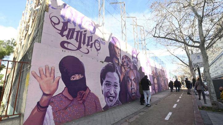 El mural feminista se queda en La Concepción convertido en símbolo de la lucha por la igualdad