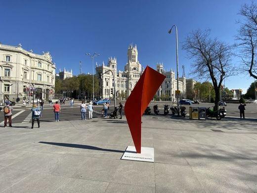 ¿Qué significan estas nuevas esculturas en Madrid?