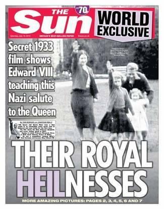 La reina Isabel II realizando el saludo nazi