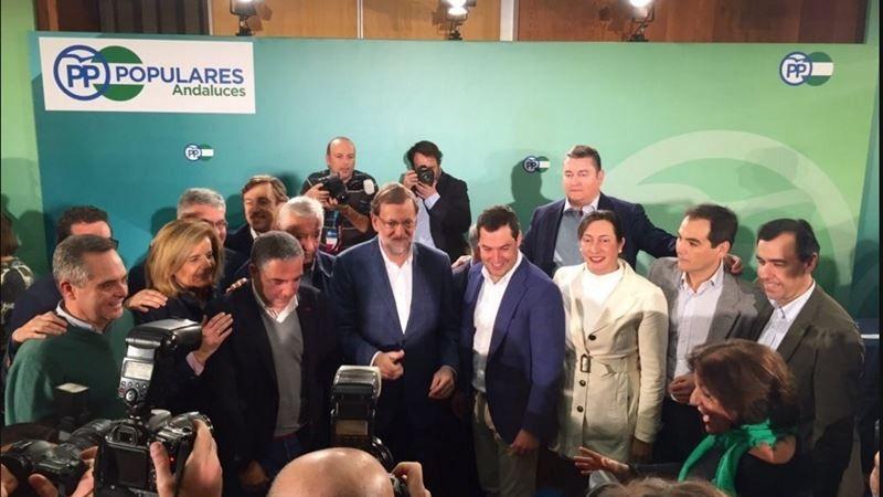 Mariano Rajoy tras su discurso este sábado en Córdoba.