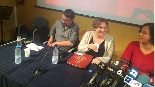 Colau anuncia la creación de un nuevo partido y Podemos le da el visto bueno