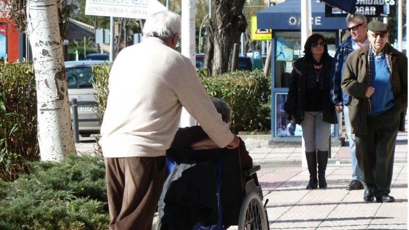 140.000 dependientes graves quedaron en lista de espera en 2015