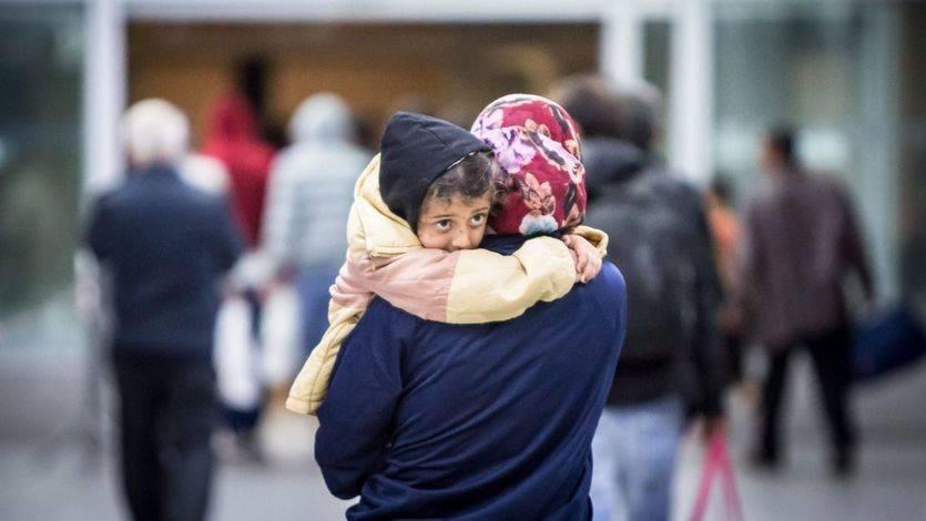 Dinamarca requisa dinero y bienes a los refugiados por lo que le cuesta al Estado las ayudas