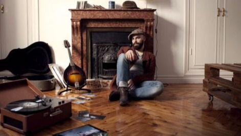 Dani Molino, el último trovador internacional cargado de buena música, nos regala sus 'Trails'