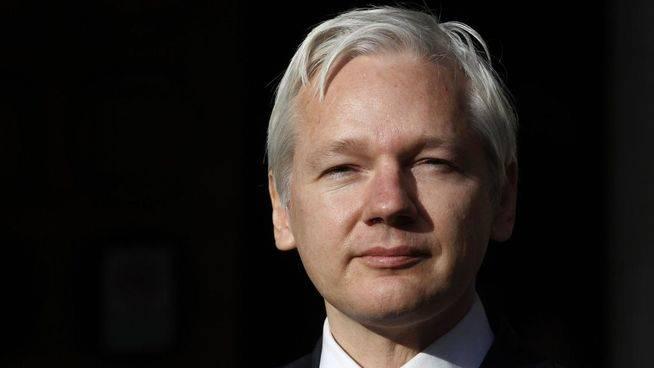 Los expertos de la ONU dan la razón a Assange pero Reino Unido le detendrá si sale de su 'refugio'