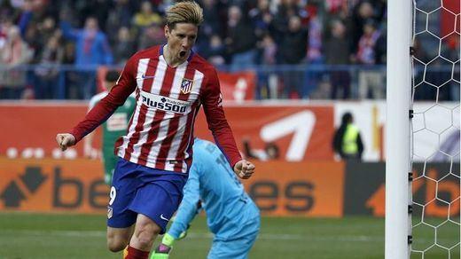Fiesta rojiblanca ante el Eibar con Torres marcando por fin su gol cien (3-1)