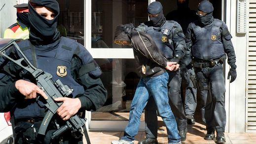 Los yihadistas detenidos suministraban armas y material militar al DAESH y Al Nusra