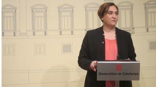 Ada Colau pide la libertad de los titiriteros detenidos en Madrid