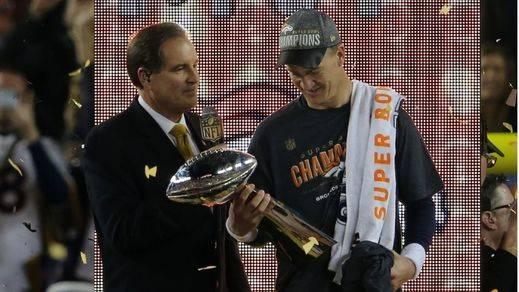 Los 'Broncos' pueden con las 'Panteras' y vuelven a reinar en la Super Bowl (24-10)