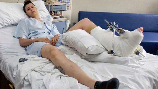 El Barça y la UEFA 'pasan' de una vigilante a la que una bengala destrozó un pie en un partido