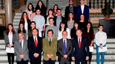 La UAB y Banco Santander becan los estudios superiores de jóvenes en riesgo de exclusión