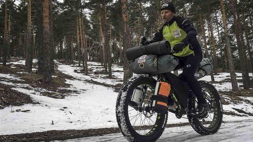 Más difícil todavía: nuevos retos de Antonio de la Rosa en los puntos más fríos de la Tierra