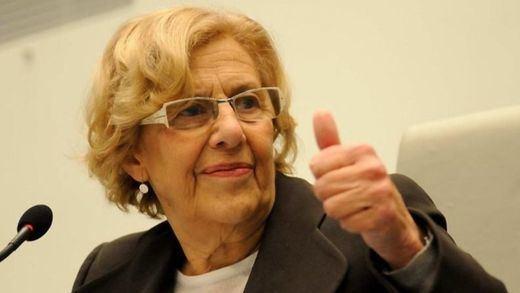 Carmena no cede y no entregará la cabeza de Mayer por la crisis de los titiriteros: sería