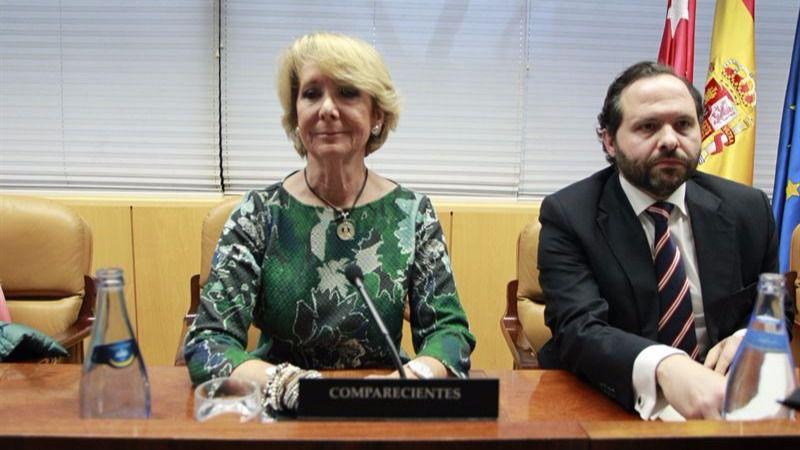 >> La indirecta de 'Espe' a Rajoy (y a Rita): 'Es el tiempo de los sacrificios... la gente quiere gestos'