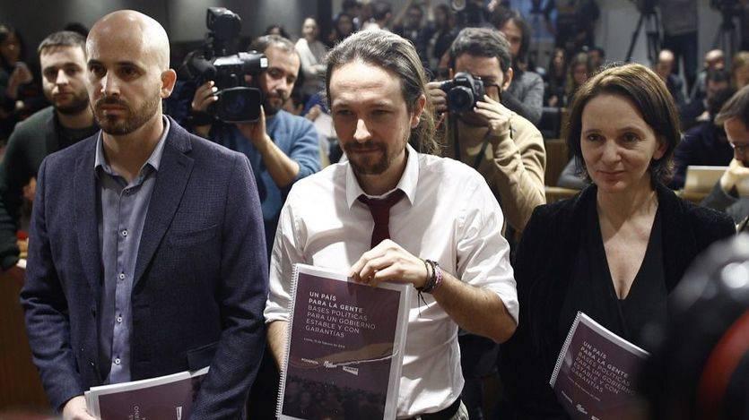 Podemos insiste en el referéndum catalán en su propuesta de acuerdo de Gobierno con el PSOE