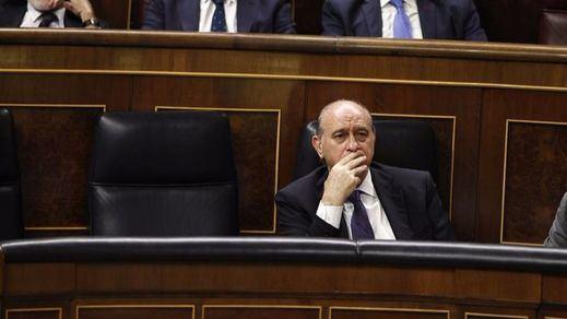 Fernández Díaz insinúa que hay una campaña judicial contra el PP