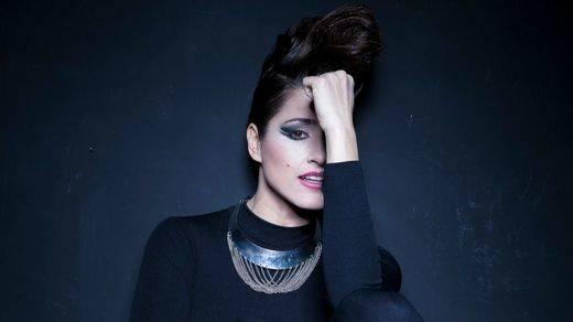 La RAE vuelve a criticar la canción en inglés para Eurovisión: 'Es de complejo de inferioridad con matices de papanatismo'