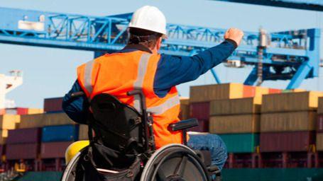 Otra discriminación más: las personas con discapacidad cobran un 16% menos por sus trabajos
