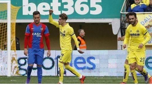 El 'submarino amarillo' destroza al Levante y ya amenaza al Madrid por el tercer puesto (3-0)