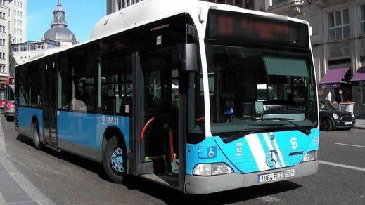 El conductor de un autobús de Madrid defendió a dos mujeres y acaba golpeado por los agresores sexuales