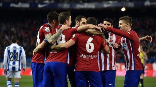 Una Real muy mansa fue estoqueada por un gran Atlético (3-0)