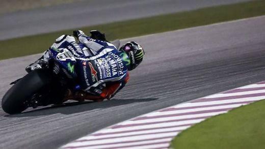 Lorenzo progresa adecuadamente con su Yamaha para 2016