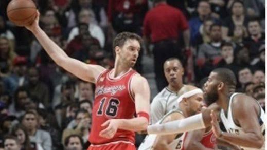 Pau, como nunca: un triple-doble vuelve a meter a sus Bulls en los 'play-offs'