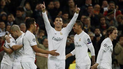 Un Madrid no efectista pero efectivo gana a la Roma y sigue agarrado a la Champions (2-0)