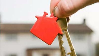 Los notarios no podrán controlar las cláusulas ilegales que la banca incluya en las hipotecas