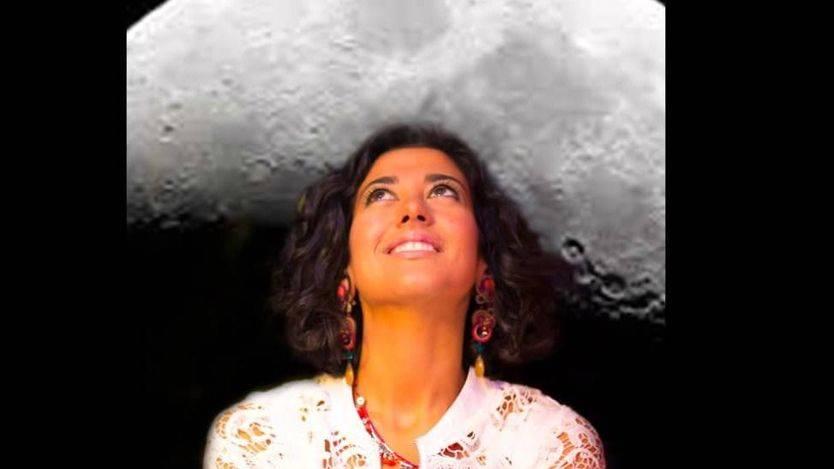 La polifacética Lucía Pérez, la mejor 'Quitapenas' a la 'Sombra de la luna'