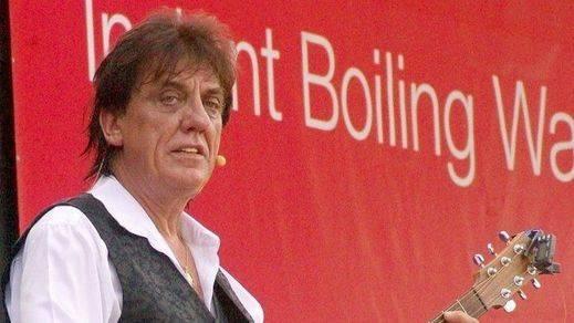 Muere a los 66 años el cantante Jon English por complicaciones derivadas de una operación quirúrgica