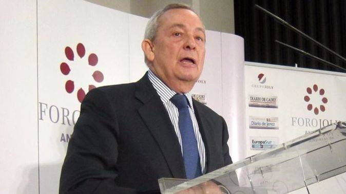 Carlos Solchaga, ex ministro de Economía socialista, defiende la reforma laboral del PP