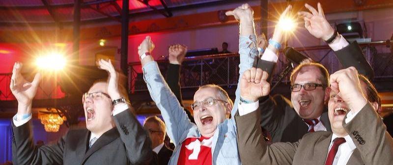 Los líderes de Alternativa por Alemania celebran su avance electoral.