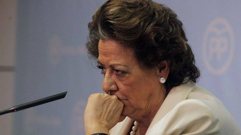 División en el PP: la 'savia nueva' explota contra Rajoy y su condescendencia con Barberá