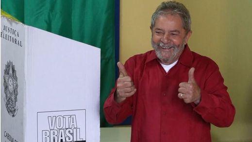 Rousseff blinda a Lula da Silva 'fichándole' en el Gobierno justo después de su detención