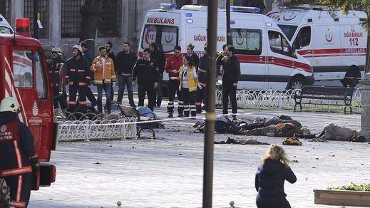Al menos 4 muertos y decenas de heridos en un nuevo atentado en Estambul