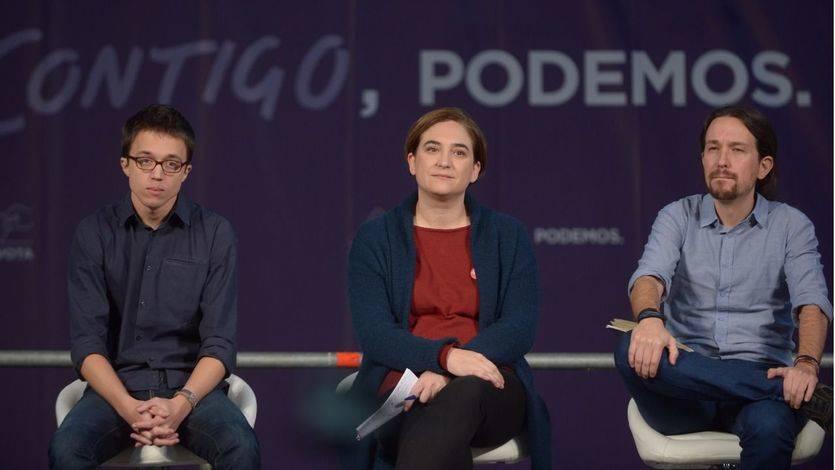 El libro de Ada Colau siembra la discordia: llama 'arrogante' a Iglesias y admite que no conecta con Podemos